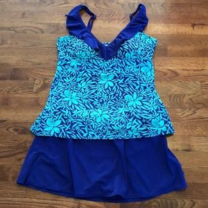 Kim Rogers Swim Takini Size XL.